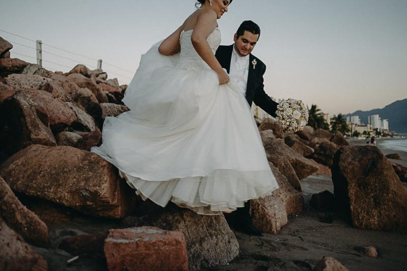 Puerto-Vallarta-Wedding-Photographer-103