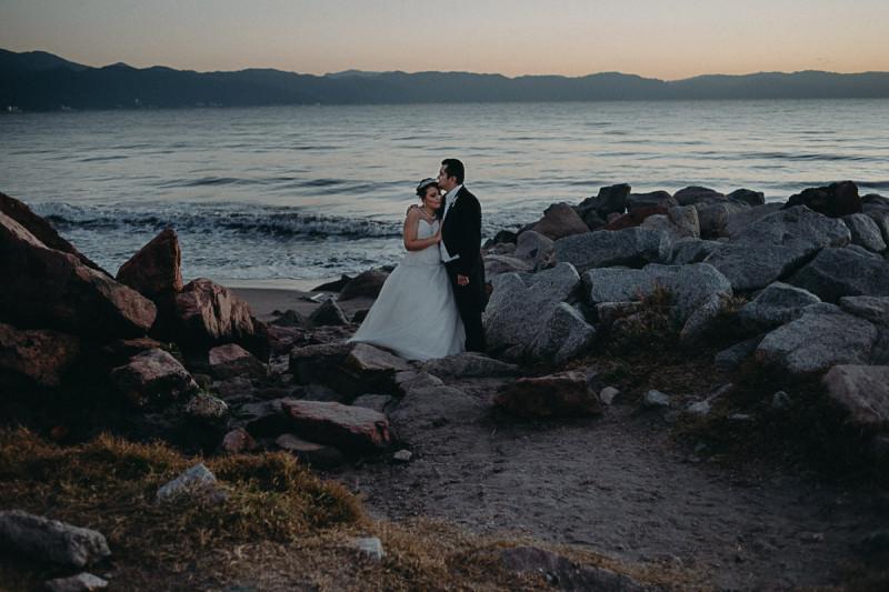 Puerto-Vallarta-Wedding-Photographer-108