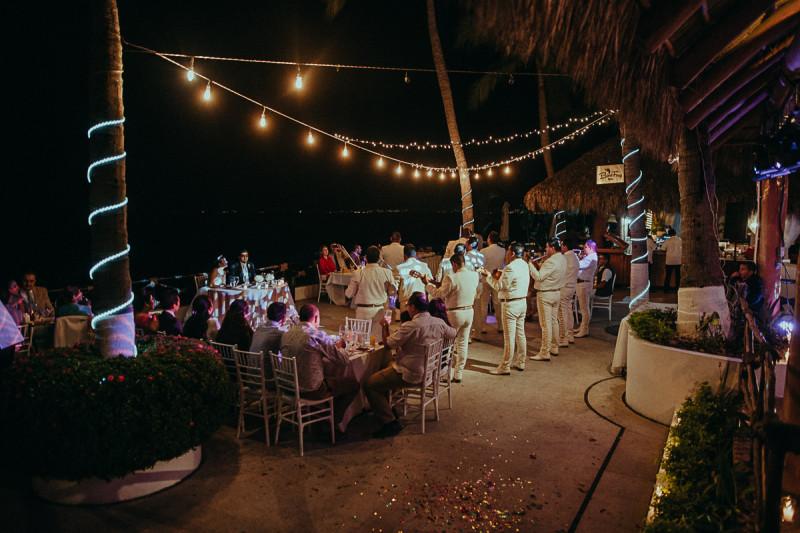 Puerto-Vallarta-Wedding-Photographer-118