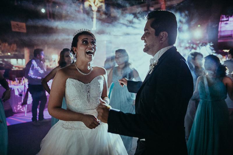 Puerto-Vallarta-Wedding-Photographer-134