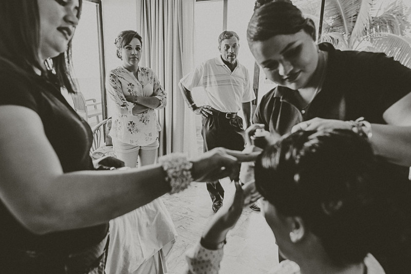 Puerto-Vallarta-Wedding-Photographer-24