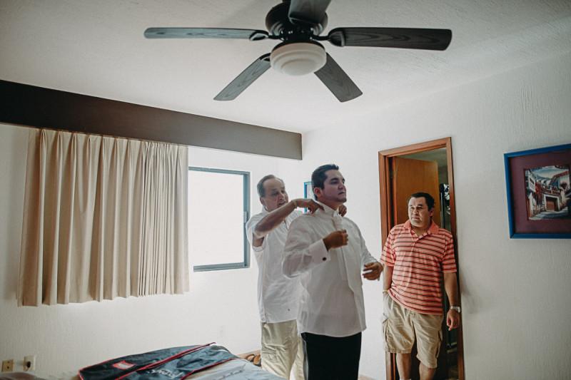 Puerto-Vallarta-Wedding-Photographer-39