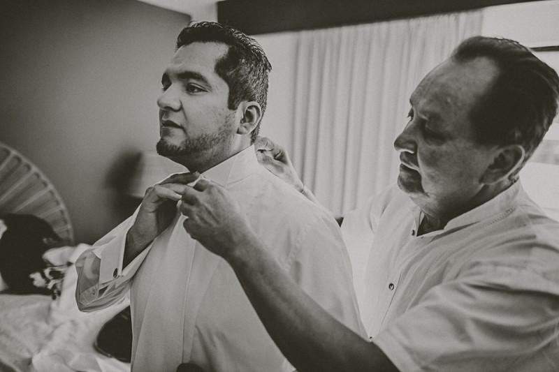 Puerto-Vallarta-Wedding-Photographer-40