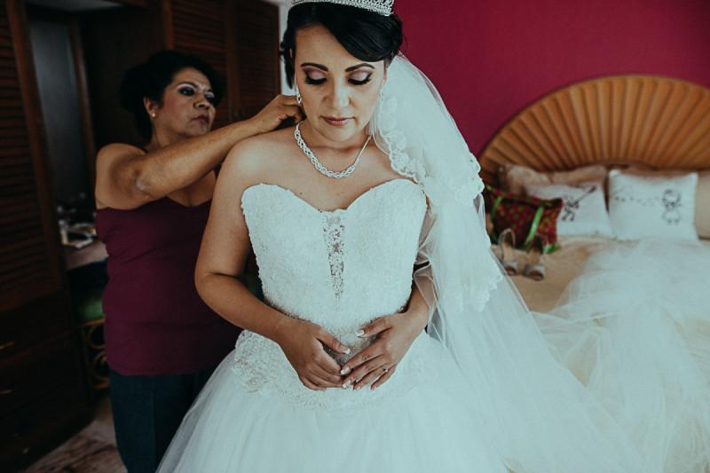 Puerto-Vallarta-Wedding-Photographer-54