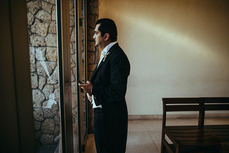 Puerto-Vallarta-Wedding-Photographer-68