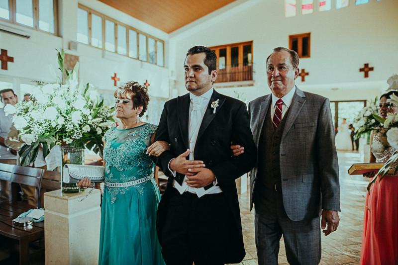 Puerto-Vallarta-Wedding-Photographer-77
