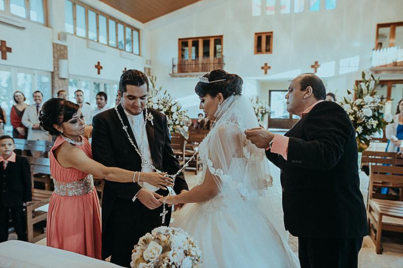 Puerto-Vallarta-Wedding-Photographer-89