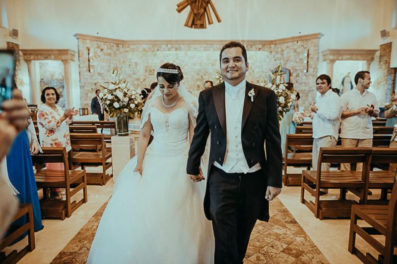 Puerto-Vallarta-Wedding-Photographer-96