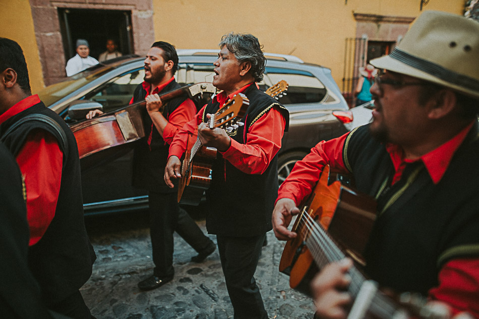 San-Miguel-de-Allende-Wedding-Photographer-Alejandro-Manzo-68