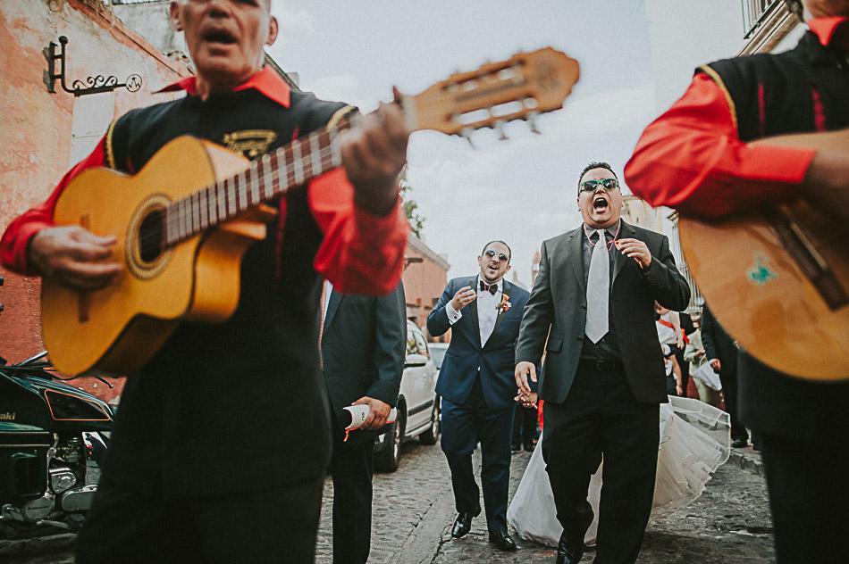 San-Miguel-de-Allende-Wedding-Photographer-Alejandro-Manzo-70