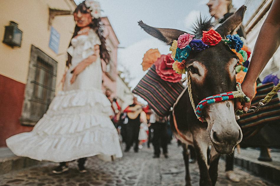 San-Miguel-de-Allende-Wedding-Photographer-Alejandro-Manzo-73